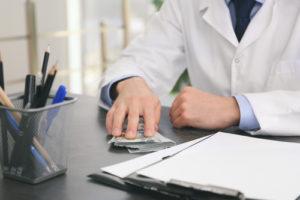 Сколько стоит лечение глиомы в Израиле